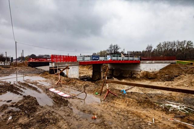 Trwa rozbudowa ul. Igołomskiej w Krakowie. Planowany termin zakończania inwestycji to IV kwartał 2021 r.