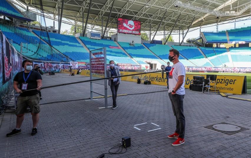 Trener Julian Nagelsmann zachował dystans w czasie wywiadu