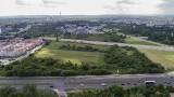 Kraków. Jest kilka wariantów drogi do Małopolskiego Centrum Nauki Cogiteonu. Urzędnicy upierają się przy jednym. W tle naciski