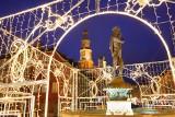 Poznań rozbłysł na święta! Stary Rynek po zmroku wygląda magicznie. Zobacz zdjęcia