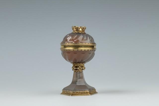 Późnogotycka solniczka agatowa, koniec XV wieku, Niemcy