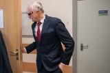 """Dyrektor szkoły z Poznania miał molestować uczennice. Zaczął się proces. Ojciec pokrzywdzonej: """"Nauczyciele go kryli"""""""
