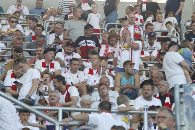 W grupie 16 trenerów polskiej ekstraklasy siedmiu było znanymi piłkarzami, ale tylko czterech grało w reprezentacji Polski. W tym kontekście szczególnego znaczenia nabiera mecz Wisły Kraków z ŁKS.CZYTAJ DALEJ NA KOLEJNYM SLAJDZIE