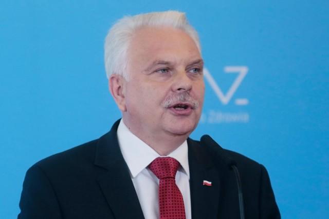 Wiceminister zdrowia w piątek rano poinformował o 813 nowych przypadkach koronawirusa w Polsce.