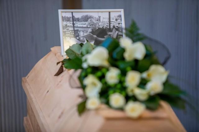 """W piątek (28 lutego) pożegnaliśmy redaktora naczelnego """"Gazety Pomorskiej"""". Na sobotę zaplanowano pogrzeb Wojciecha Potockiego w Białymstoku."""