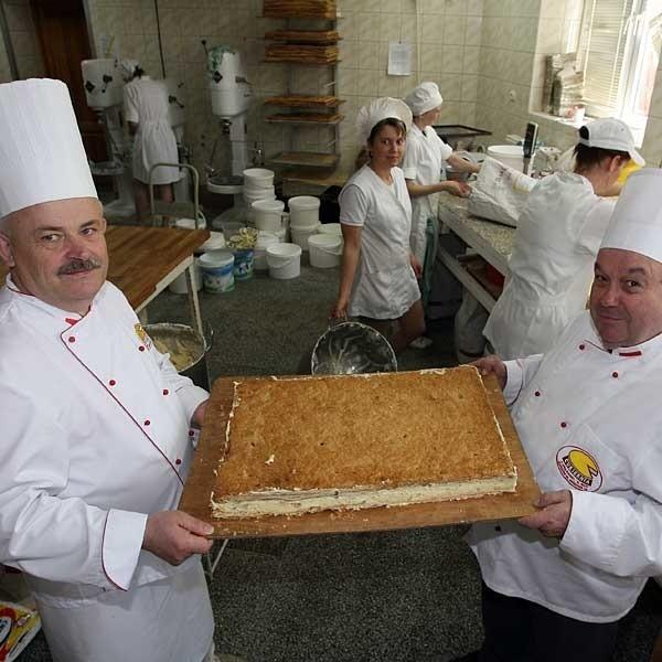 Kazimierz Rak (z lewej) z Juliusz Orłowski: Te urodzony będą wyjątkowe.