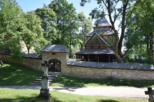 Podkarpacki Szlak Architektury Drewnianej to doskonały sposób na zwiedzanie naszego regionu. Jest 9 tras. Nz. cerkiew w Radrużu w powiecie lubaczowskim.