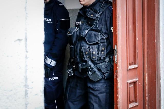 Pandemia koronawirusa wstrzymała eksmisje. Tylko w Gorzowie na wykonanie czeka około 700 wyroków eksmisyjnych.