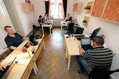 Coworking - praca ni to w biurze, ni to w domu Fot. Anna Kaczmarz