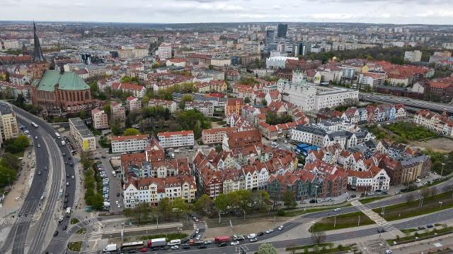 Ile osób zaszczepiło się w Szczecinie, Stargardzie i innych miastach w woj. zachodniopomorskim? Sprawdź! Szczegóły na kolejnych zdjęciach ->