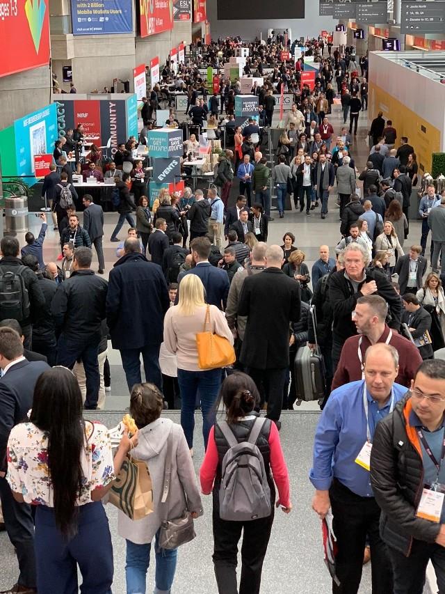 13 stycznia 2020 roku Żabka – największa sieć convenience w Europie – wspólnie ze swoim partnerem technologicznym firmą Synerise, zaprezentowała aplikację dla klientów żappka, podczas największych targów technologicznych NRF 2020 w Nowym Jorku.