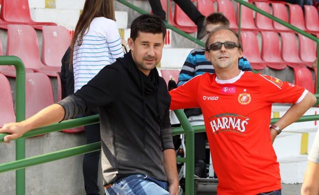 Grzegorz Waranecki (od prawej) sam pomaga, ale i organizuje pomoc dla Widzewa