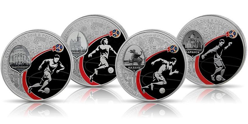 Każdą z 12 monet o wadze jednej uncji wykonano ze srebra...