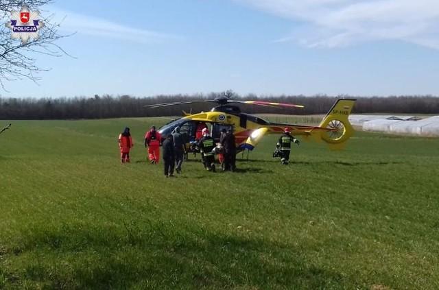 W środę 63-letni mężczyzna podczas murowania świetlicy wiejskiej na terenie gminie Milejów spadł z rusztowania i upadł na ziemię z wysokości około 2 metrów
