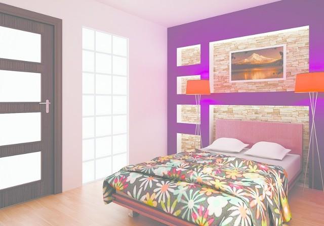 Sypialnia z kolorowym akcentem doda wnętrzu klimatu