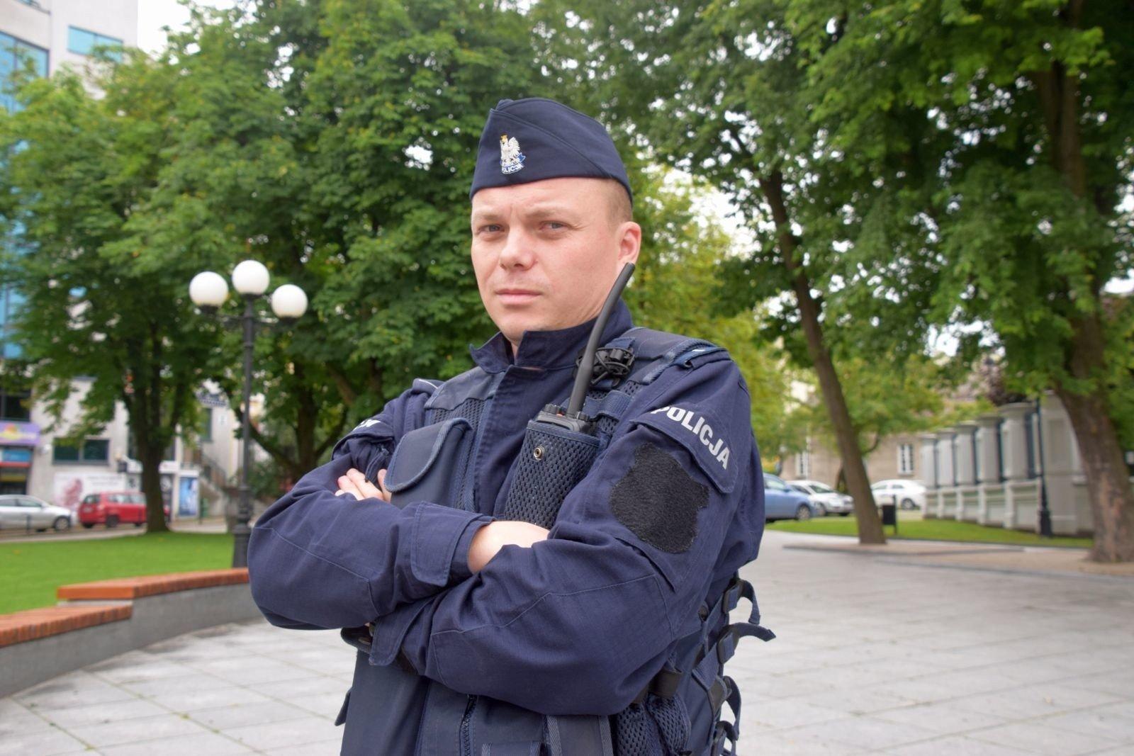 Policja z nowymi mundurami