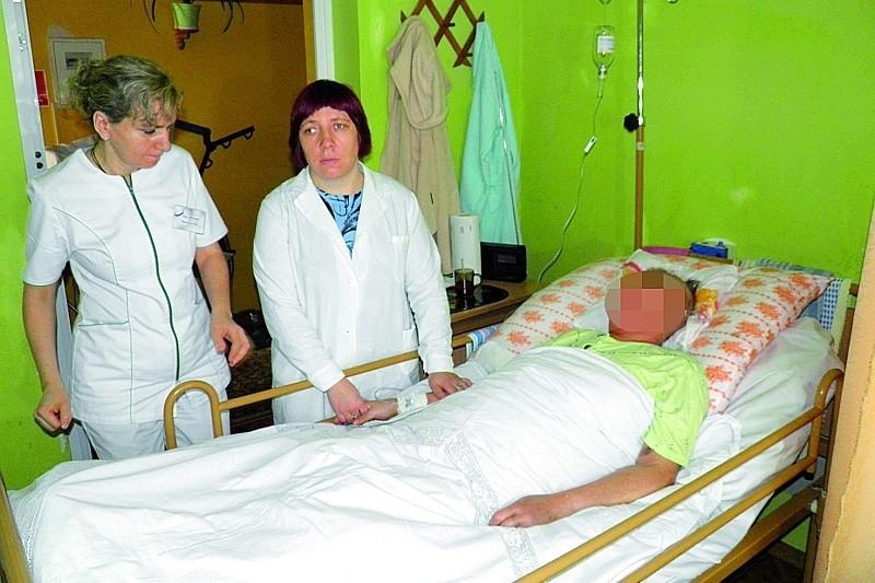 Obecnie w Hospicjum św. Ducha w Łomży jest 15 łóżek dla nieuleczalnie chorych. Koszty funkcjonowania placówki ciągle rosną, w ub. r. wyniosły 1 mln 250 tys. zł.
