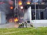 Po pożarze ocynkowni w Dębskiej Woli. Właściciele chcą odbudować zakład i jak najszybciej ruszyć z produkcją. Dziękują wszystkim za pomoc