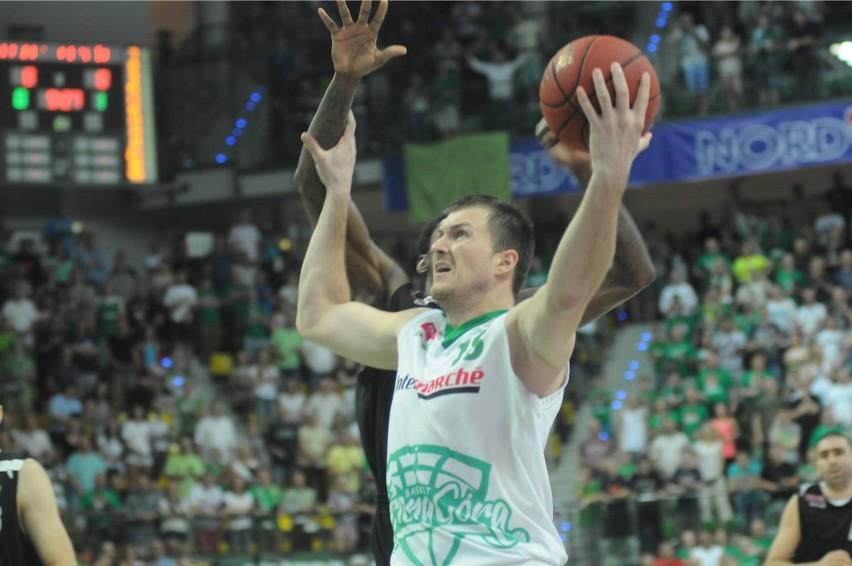 Vladimir Dragicević jest doskonale znany zielonogórskim kibicom. Zdobył srebrny medal ze Stelmetem w sezonie 2013/2014.
