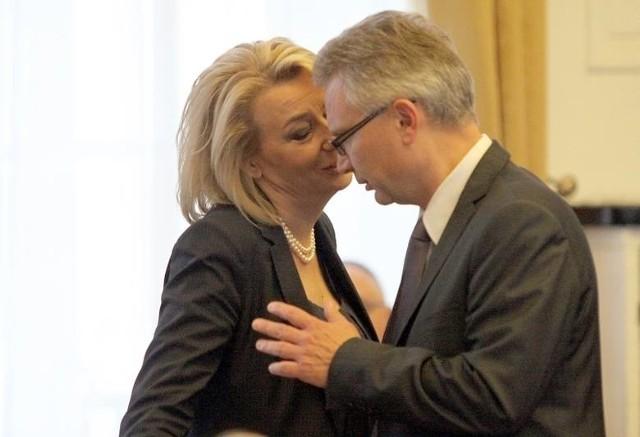 """Jarosław Berger zajmie się """"optymalizacją działalności spółki"""". Tym razem w Bionanoparku. Na zdjęciu z prezydent Hanną Zdanowską (PO), rok 2013."""