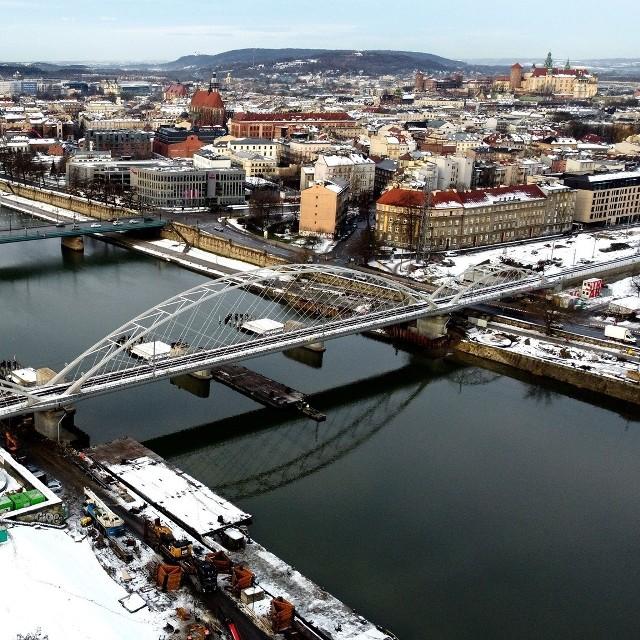 W związku z budową mostów kolejowych nad Wisłą od 25 stycznia na ul. Podgórskiej czekają nas utrudnienia w ruchu.