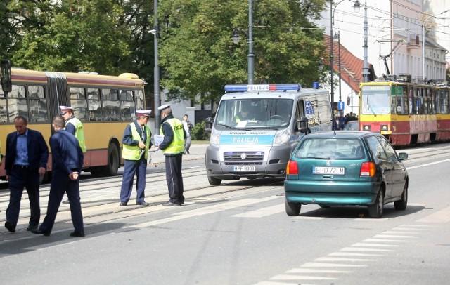 Wypadek tramwaju na skrzyżowaniu Piotrkowskiej i Tymienieckiego