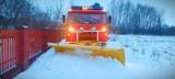 Gmina Grębów. Strażacy ochotnicy tym razem zamiast gasić, odśnieżali (ZDJĘCIA)