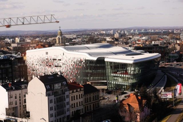13.02.2020 krakow,diabelski mlyn obok hotelu forum, widoknz ice centrum kongresowefot. andrzej banas / polska press