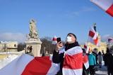 Białystok. Balon solidarności z Białorusią wzniósł się w niebo. To niesamowity widok i piękny gest dla walczących o wolność (ZDJĘCIA)