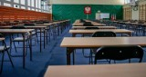 Matura 2020 i egzamin ósmoklasisty 2020 zostały przełożone. Nowy termin to czerwiec - poinformował premier Mateusz Morawiecki 9.04.2020