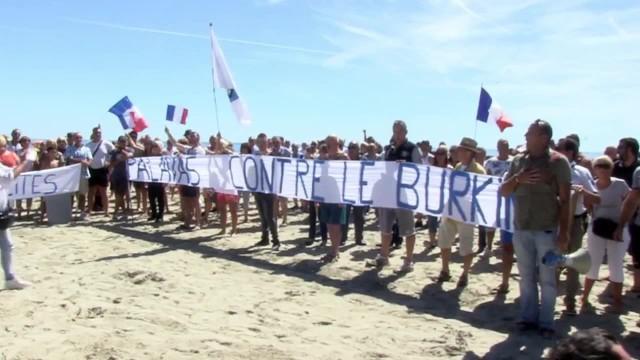 Protest w sprawie zakazu noszenia burkini
