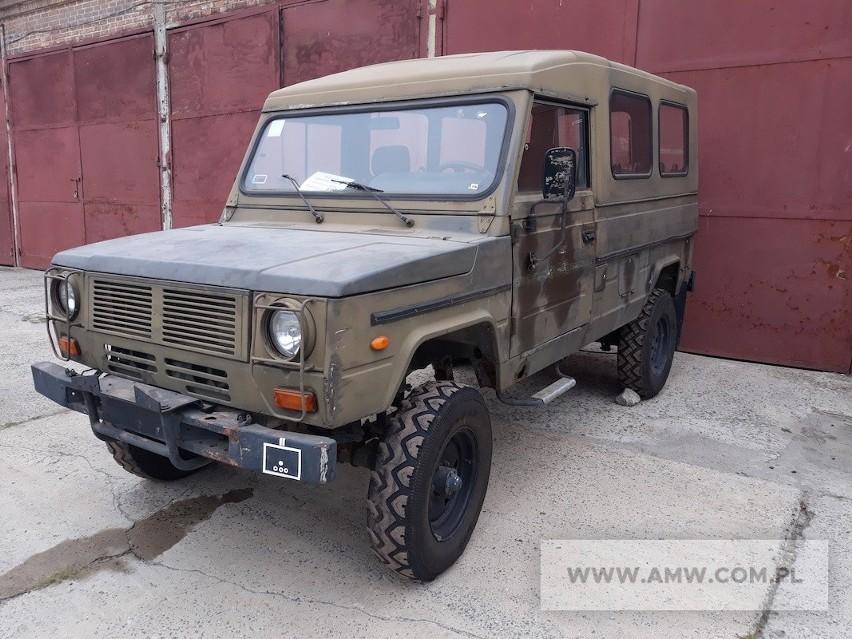 Samochód terenowy honker - 5 sztukLata produkcji: 1997-2004Cena: 3000-5000 zł (w zależności od modelu)Sprzedaje: Agencja Mienia Wojskowego, oddział w Zielonej GórzeTermin: 18.06.2020