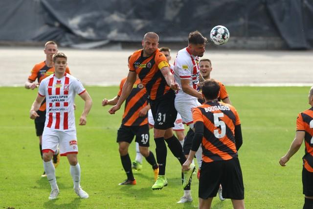 W poprzednim sezonie zespół Apklan Resovii niemal do końca sezonu grał o utrzymanie. Teraz poprzeczka wymagań ustawiona jest nieco wyżej.