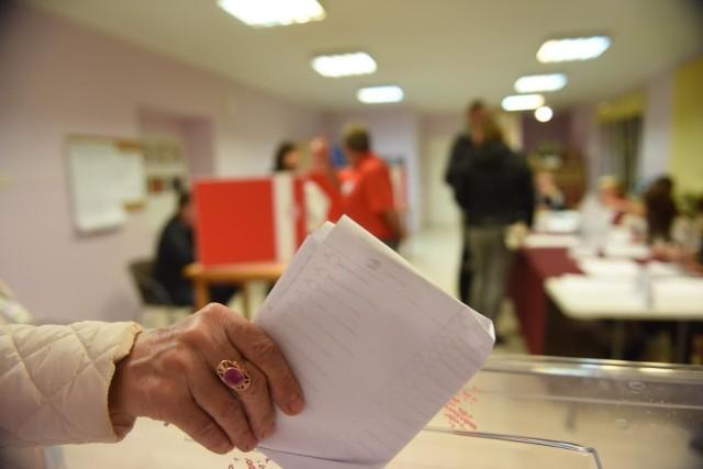 W Krakowie do spisu wyborców dopisała się rekordowa liczba osób