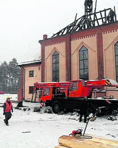 Rozbiórka dachu kościoła w Orzeszu trwała tydzień
