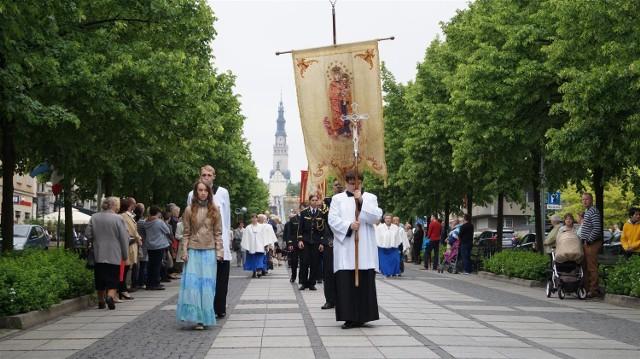 Procesja Bożego Ciała przeszła Alejami NMP w Częstochowie