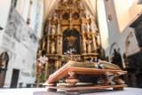 Msza święta online w niedzielę 14.06.2020. Transmisja na żywo nabożeństwa  z Kościoła św. Jana w Gdańsku 14 czerwca 2020 roku