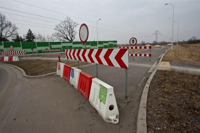 Dziś wschodnia obwodnica Wrocławia kończy się na rondzie koło Łanów. Już za rok może ruszyć budowa odcinka Łany - Długołęka