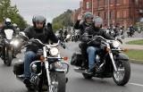 Grudziądzcy motocykliści żegnają sezon turystyki motorowej. Z Błoni Nadwiślańskich przejechali do Rudnika. Zobacz zdjęcia