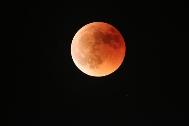 Zaćmienie Księżyca 27 lipca