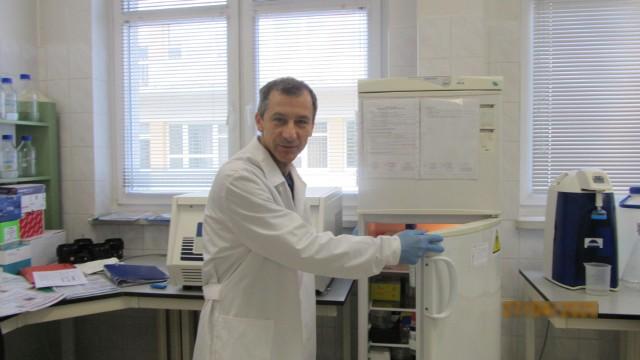 - SARS-CoV-2 nie uszkadza neuronów węchowych bezpośrednio, ale pośrednio - twierdzi dr hab. Rafał Butowt, prof. UMK.