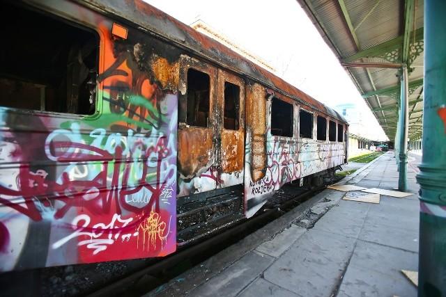 W tych wagonach kolejowych działała przed laty piwiarnia