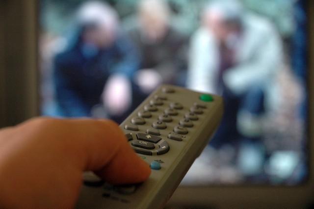 Poczta kontroluje abonament TV i żąda zapłatyOpłata za 1 miesiąc za odbiornik telewizyjny lub telewizyjny i radiofoniczny wynosi 18,65 zł.