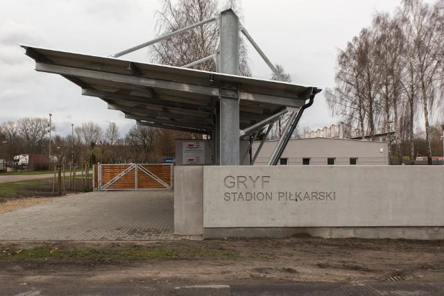 Modernizowany stadion Gryfa w Słupsku.