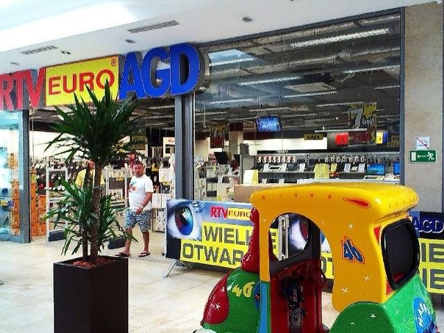 RTV Euro AGD otwarto w Sandomierzu. Tłumy kupującychSklep RTV Euro AGD mieści się w Galerii Sandomierz przy ulicy Błonie.