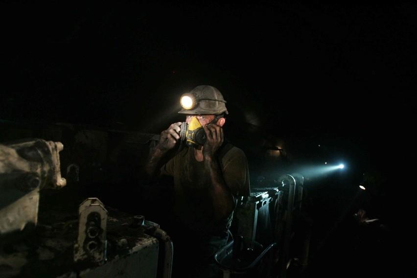 Pod ziemią w kopalniach Polskiej Grupy Górniczej strajkuje ok. 230 górników. We wtorek 22 września rozpoczęły się rozmowy strony rządowej z protestującymi