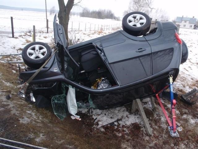 Kierowca osobowej toyoty został poszkodowany w wypadku, do którego doszło na ul. Białostockiej.