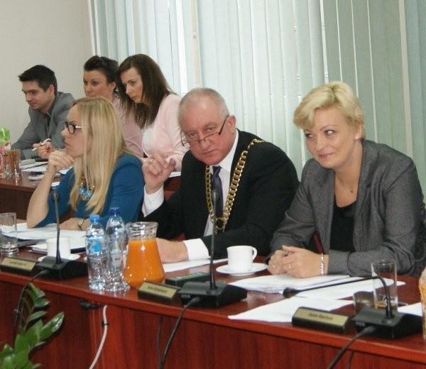 Leszek Góździoł (w środku), ostatni raz w roli starosty polickiego