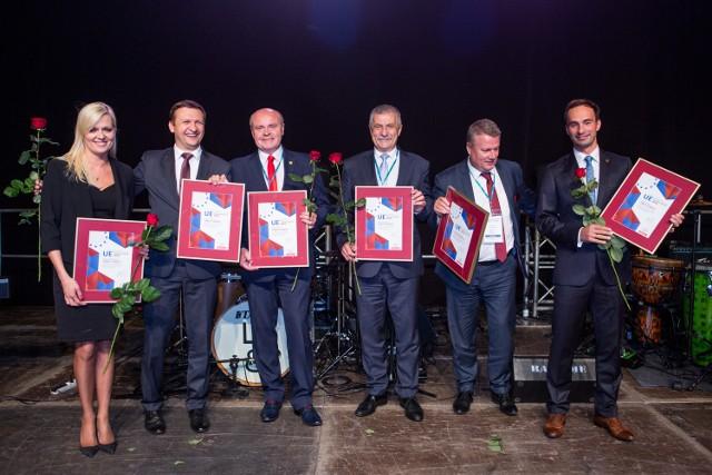 Burmistrz Rypina Paweł Grzybowski odebrał nagrodę podczas Gali Inwestorów Samorządowych, która odbyła się podczas XIV Samorządowego Forum Kapitału i Finansów w Katowicach.