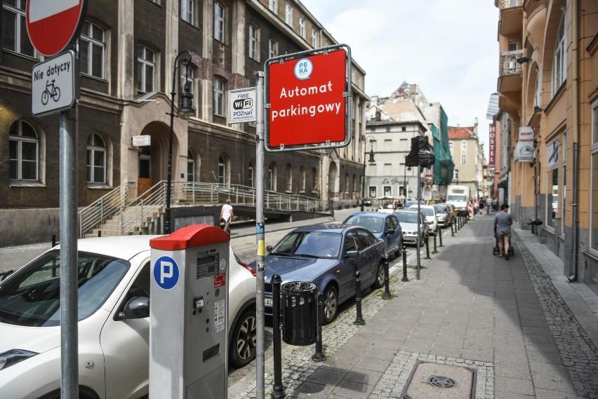 Strefa płatnego parkowania nie będzie obowiązywać tylko 1 i...
